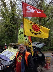 Unser Interviewpartner Gustav Rosa bei der Brückenaktion in Breisach am 24. April 2016
